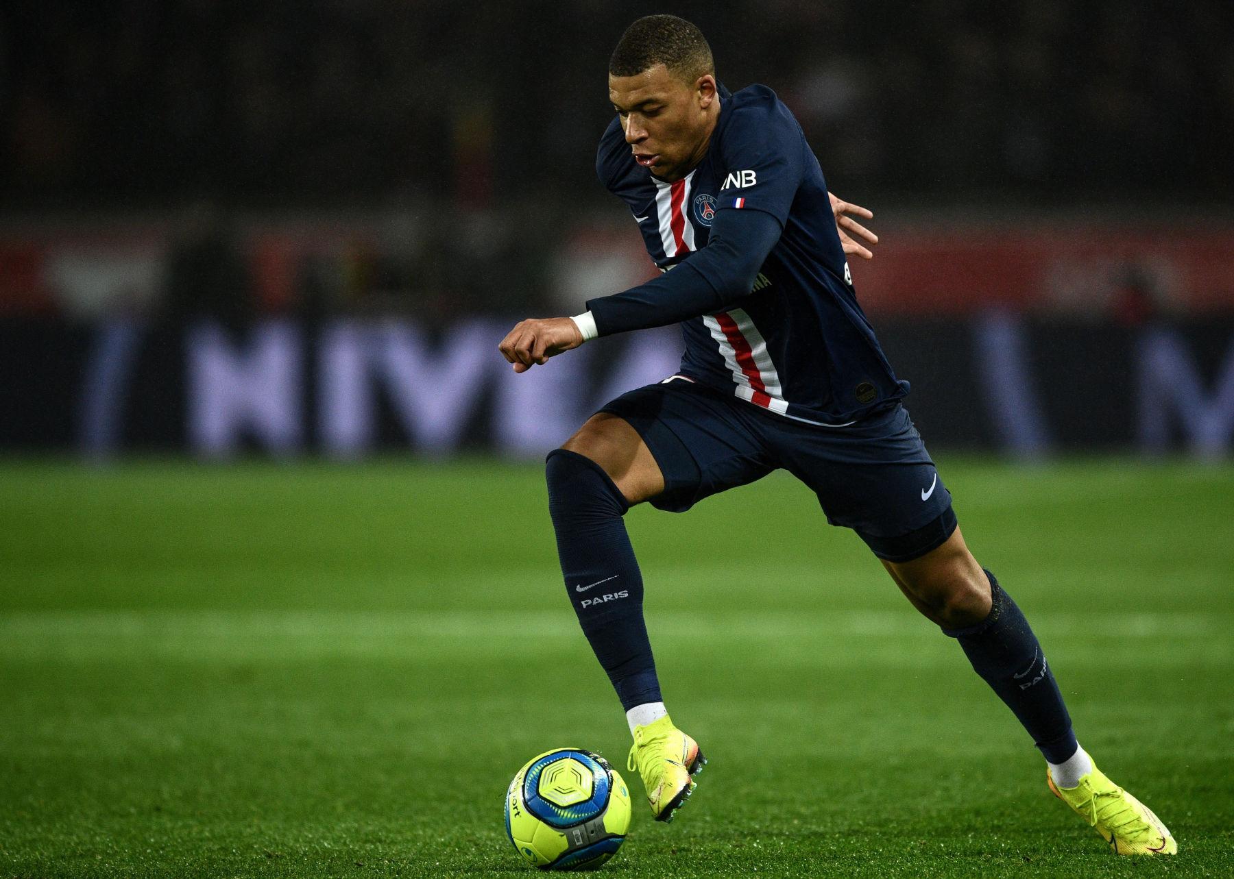 Kylian-Mbappe-PSG-vs-Bordeaux-Ligue-1-2020